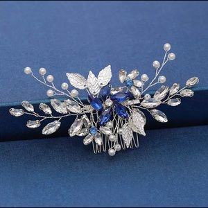 NEW - Women's Silver / Blue Color Hair Comb